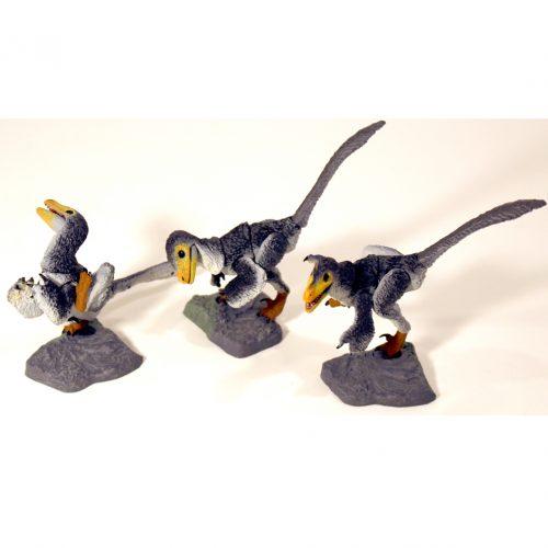 Beasts of the Mesozoic Raptor Nestlings - Grey.